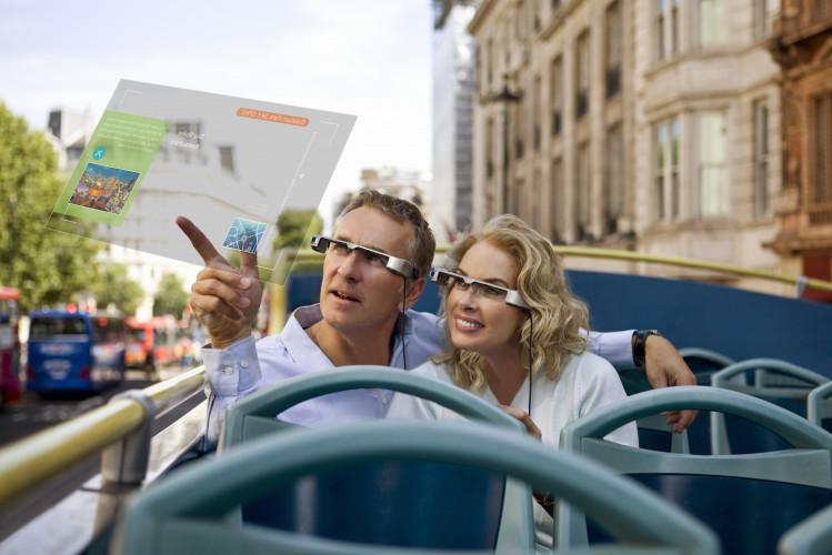 Procura crescente de Realidade Aumentada para fins profissionais faz baixar o preço dos óculos inteligentes