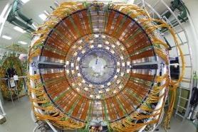 CERN väljer projektorer från Epson