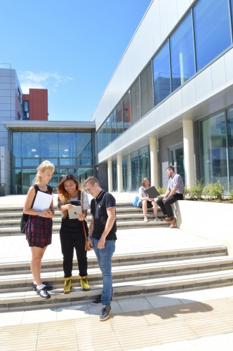 Fareham College: Projecting an inspirational learning environment