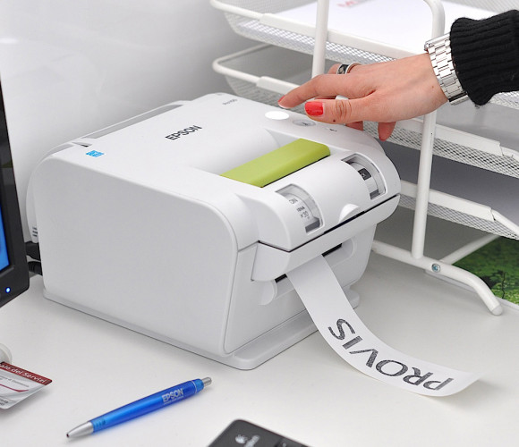 Efficient archiving and storage thanks to Epson labelling