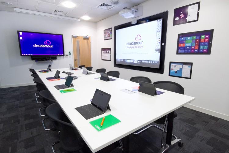 Cloudamour and Epson create modern office