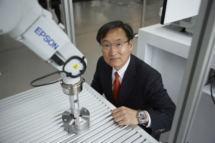 Epson revoluciona a robótica industrial com os novos sensores de alta precisão S-250