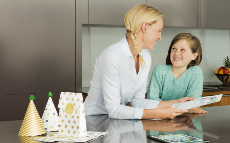 Für gestresste Eltern: Epson Kid's Corner Website mit Mal- und Bastelvorlagen