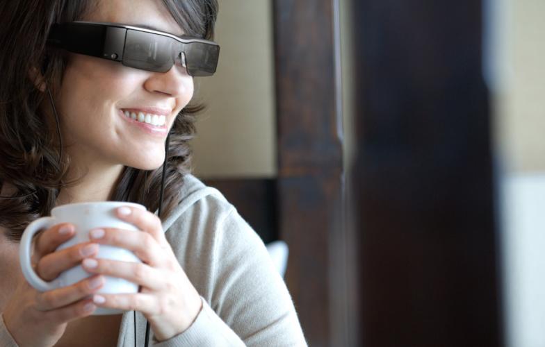 Buch der Zukunft: Mit Astronaut Alex und Multimedia-Brille ins Abenteuer