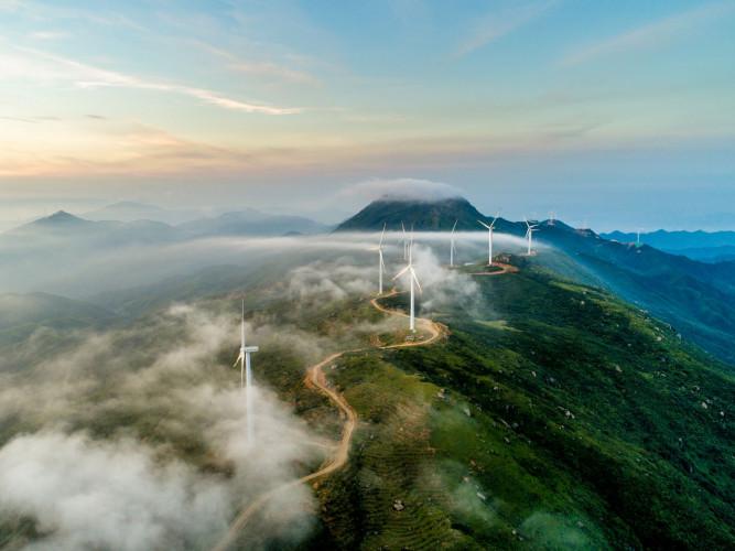 Epson sitoutuu olemaan hiilinegatiivinen ja lopettamaan kaivannaisten käytön täysin vuoteen 2050 mennessä