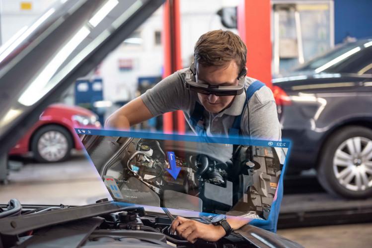 Gli Smart glass Epson Moverio ora sono integrati con TeamViewer Pilot per il supporto remoto con realtà aumentata