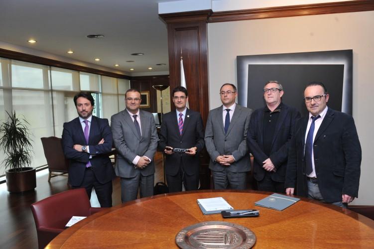 Epson impulsa el desarrollo de apps de realidad aumentada con la Universitat Politècnica de València