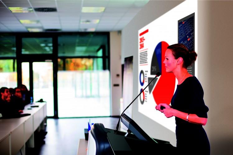 Epson opracowuje nowy, podstawowy projektor instalacyjny do zastosowań biznesowych i edukacyjnych
