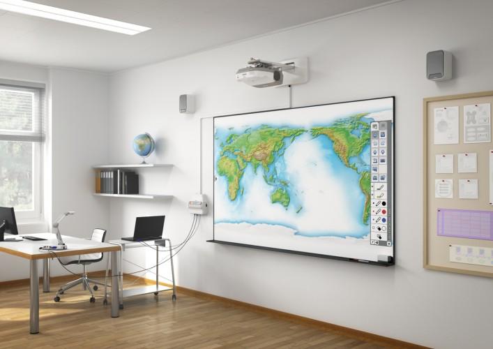 CASE STUDY: Interactieve projectoren en moderne schoolborden ideale combinatie voor Minkema College