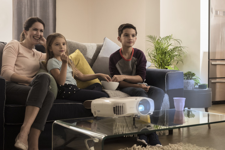 Reconnecting in the living room: 63% of UK parents believe cinematic TV experiences help bring families closer together