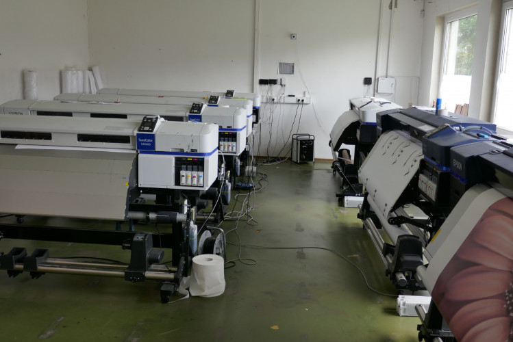 Art printing on a large scale