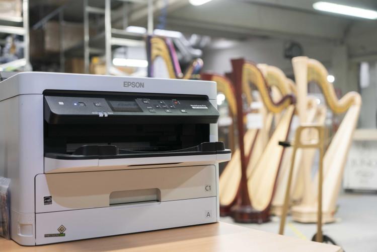 L'alto artigianato di Salvi Harps incontra la tecnologia di stampa Epson