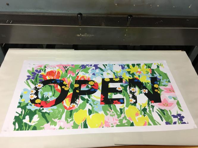 Richard Quinn lance un studio d'impression textile «Libre Service»