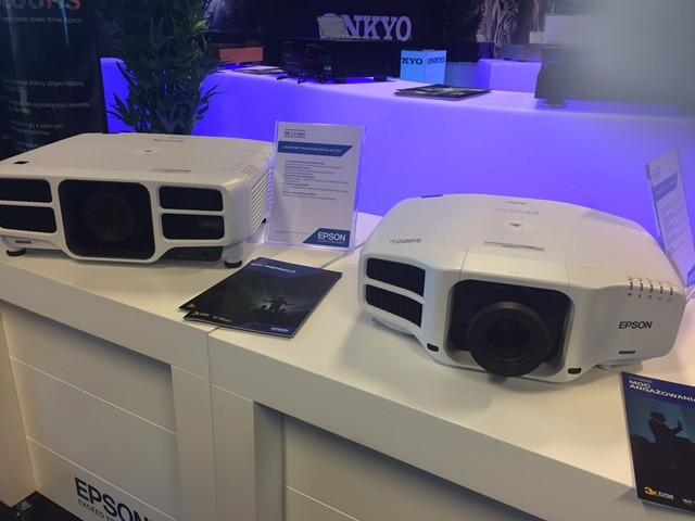 Polska premiera Epson EH-TW9300W podczas targów Audio Video Show 2016