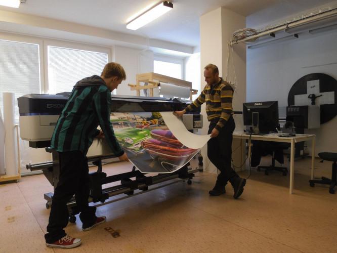 Tiskárna Epson SC-S40610 je ve škole pro budoucí polygrafy zárukou kvality