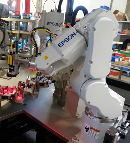 Epson Industrieroboter zu gewinnen