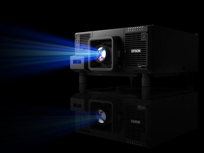 Epson presenta en primicia su primer proyector láser de 20 000 lm