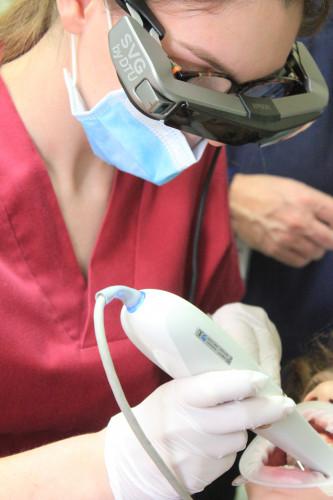 DTU rivoluziona il mondo odontoiatrico  con gli smartglass Epson Moverio