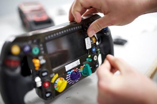 LabelWorks a rendu Mercedes-AMG Petronas Motorsport plus rapide en2016