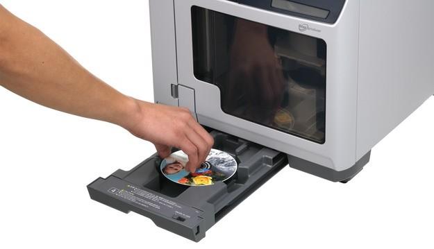 DiscproducerTM Epson PP-100AP– profesionálna potlač diskov CD a DVD v malých aj veľkých množstvách