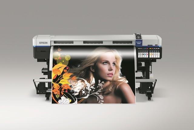 Epson auf der ITMA 2015: Digitaler Textildruck neu definiert