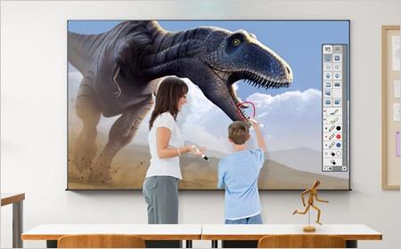 De interactieve projectoren van Epson zijn nu wereldwijd verkrijgbaar met SMART Notebook-software