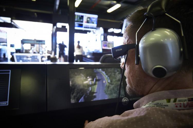 Boxengasse: Epson Moverio Smart Glasses im Einsatz am Hockenheimring