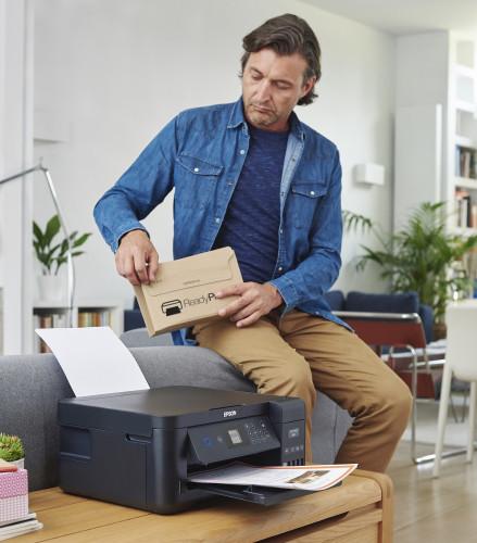 """Lavorare e studiare da casa  è per molti la """"nuova normalità"""".  Rimanere senza inchiostro è una delle preoccupazioni."""