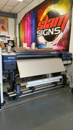 Slam Signs invests in 10-colour Epson SureColor SC-S80600  large format printer