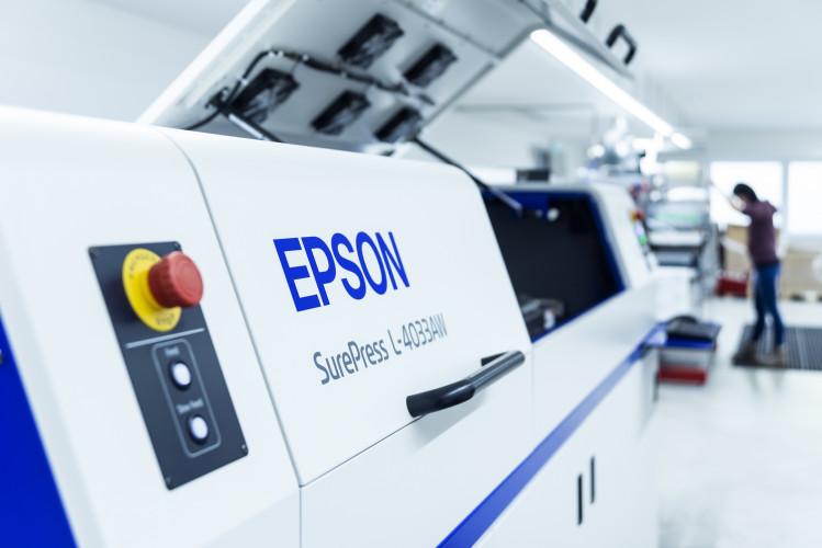 Die MIAVIT GmbH setzt auf Epson SurePress