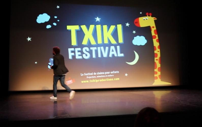 Txiki Festival chooses EB-G7000W projector