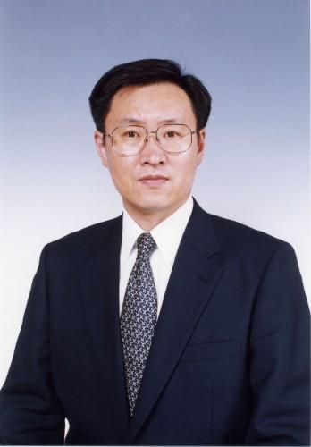 Projektleiter der MicroPiezo-Entwicklung von Seiko Epson erhält Auszeichnung