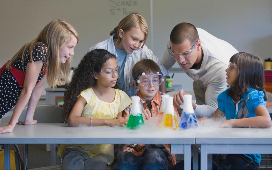 Esittelyssä tulevaisuuden opettaja