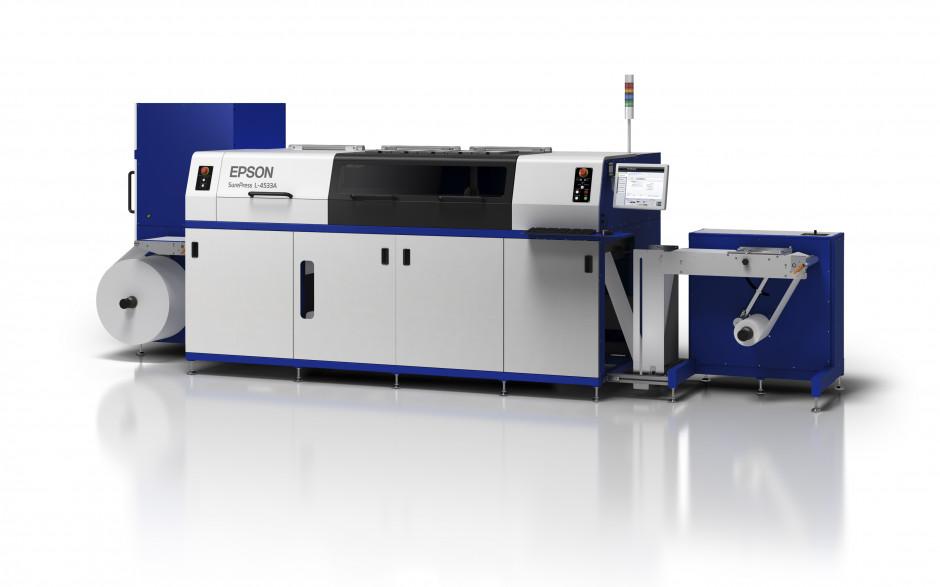 Epson annonce la sortie d'une nouvelle presse polyvalente pour l'impression de courts tirages d'étiquettes